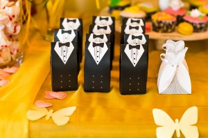 Presents-for-wedding-guests